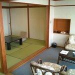 12.5 tatami + 8 tatami room