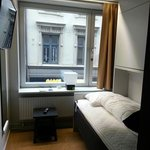 small double bed room... very very small!