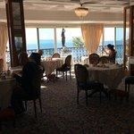 The breakfast/dining room