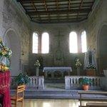 La Serena, Chile, Iglesia Santo Domingo. Sencillo altar mayor.