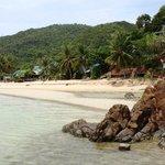 пляж Haad Yao в отлив