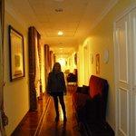Le couloir des Chambres Deluxe Supérior