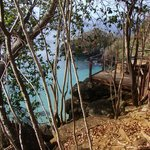 Um dos mirantes da trilha da Baía do Sancho