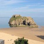 Low tide on Castle beach