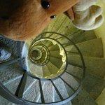 escada para subir na torre da basilica