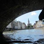 vista da sotto un ponte