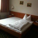 Geräumiges Doppelzimmer für 1 Person