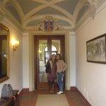 Elisabete e Marcia no hall do hotel