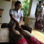 Complimentary food massage (Spa)