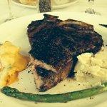 T-Bone Steak 24oz 2