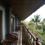 Общий балкон на этаже