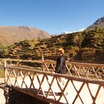Inca Bridge in Ollantaytambo, NOT in Machu Picchu! This is the second, smaller bridge.