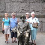 Roosevelt Memorial with friends