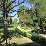 Très joli jardin, magnifiquement entretenu