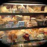 Plus de 30 fromages..... pour les gourmets....... UN CADEAU PENSEZ FROMAGES