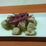 Atún con cítricos, la mejor tapa que probé en Granada.