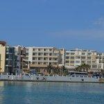Hotellet från havssidan