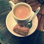 Espresso w/ sweet biscuit.  Simply wonderful.