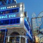 Fachada iluminada Hotel 5*