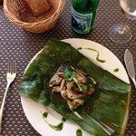 Poison farcies des champignons japonais , pêche et salade