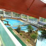 "Extensive ""Center Parcs"" indoor pool at Chateau de Lez-Eaux"