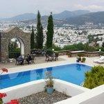 Cidade vista da área das piscinas