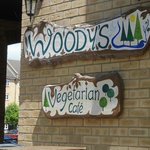 Woody's Vegetarian Restaurant