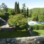 Zona de piscina y jardín