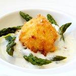 Crispy egg & asparagus with tallegio
