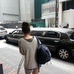 Esterno la partenza in limousine