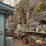 Cliff Cottage deck