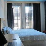 tenth floor deluxe king room