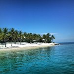 Spiaggia del resort sull'isola
