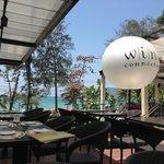 ресторан (вид с нашего столика)