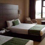 Twin room 1202 , nice outlook and roomy