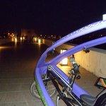 En el Puente Romano por la noche
