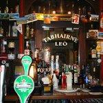 Leo's tavern bar