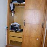 Closet w/safe