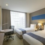 2 Single Beds Room at Holiday Inn Express Bangkok Sathorn