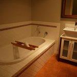 Common Bathroom bathtub