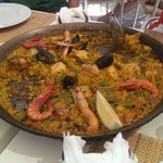 Lunchtime paella