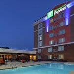 Holiday Inn Express Augusta Downtown
