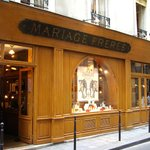 Mariage Frères - 30 rue du Bourg-Tibourg - façade