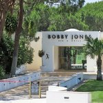 Bobby Jones Grill entrance