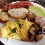 Brunch at Beaufort Grocery Co.