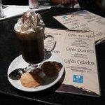 Mais um super café preparado pela Neide.Espero escontra-lá por lá em 2015.