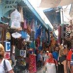 Artère principale souk de tunis