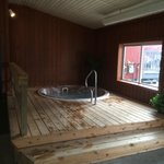 New clean huttub with new wood deck surrounding it