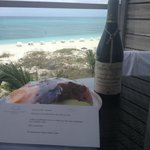 Amazing honeymoon gift from hotel (wine and fresh fruit with a personalized note)