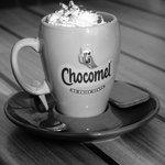Warme chocolademelk met slagroom! Yummy :)